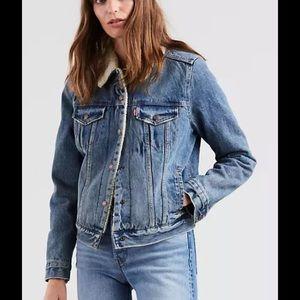 Levi's Ex Boyfriend Sherpa Denim Jacket XS